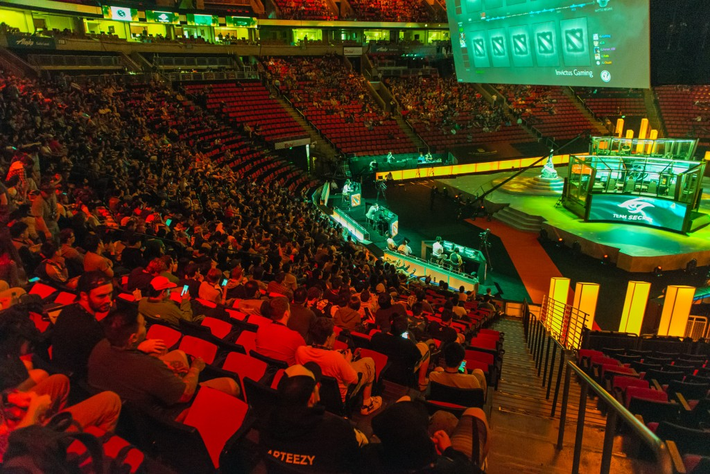 The International 5 Dota 2 Championship the crowd